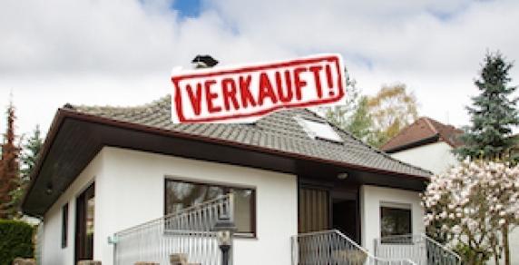 gro z giges und gepflegtes einfamilienhaus in berlin frohnau schoenerwohnen. Black Bedroom Furniture Sets. Home Design Ideas